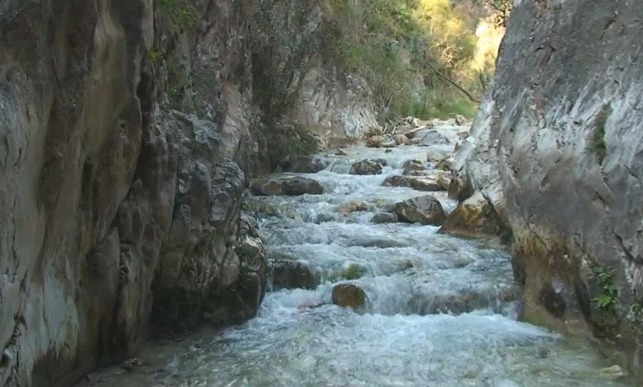 El riego en la Axarquía mejorará con captaciones en los ríos Torrox y Chíllar